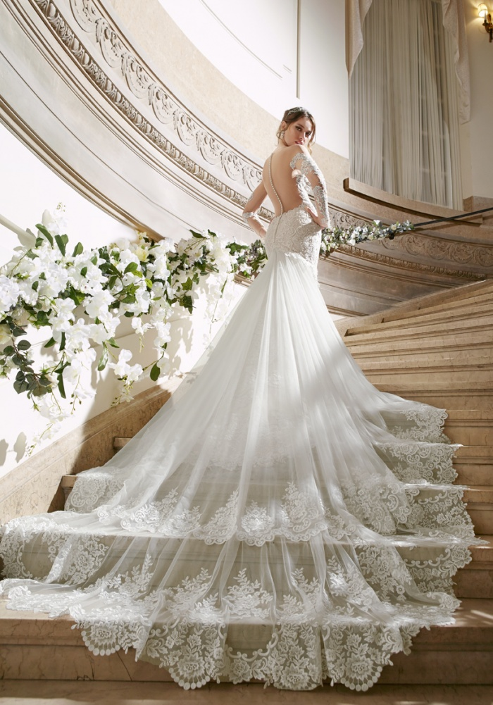 Short Wedding Dresses with Trains