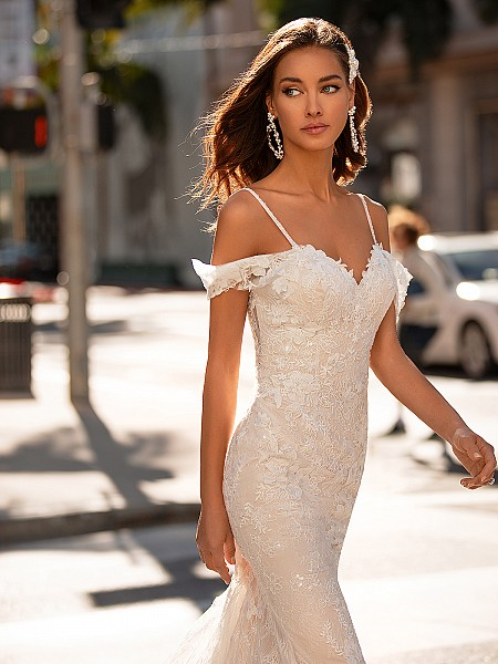 Soft Sparkly Lace Wedding Dress With Lace Swag Sleeves Moonlight Couture H1443