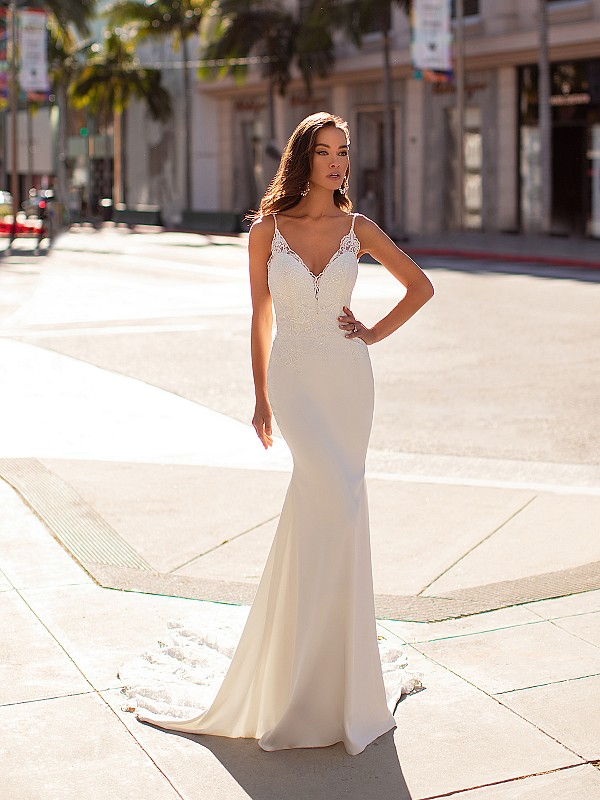Sexy Sweetheart Crepe Wedding Dress With Beaded Straps Moonlight Couture H1444