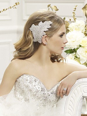 Moonlight Headpieces HP 102 beautiful wedding day hair accessories