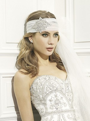 Moonlight Headpieces HP 104 beautiful wedding day hair accessories