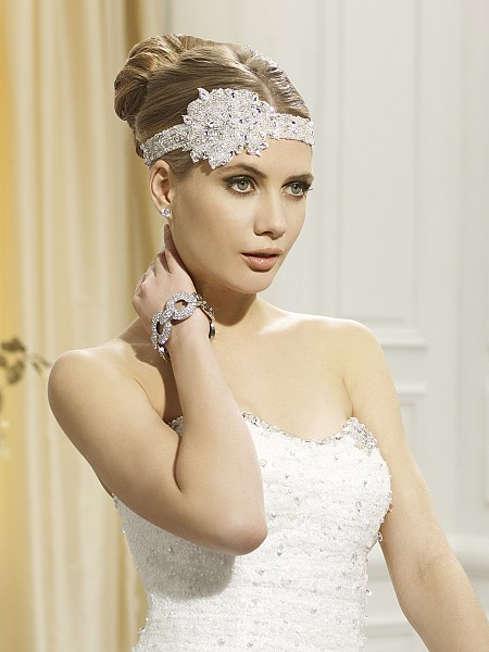 Moonlight Headpieces HP 105 beautiful wedding day hair accessories