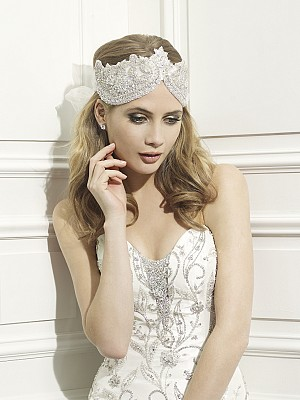Moonlight Headpieces HP 106 beautiful wedding day hair accessories