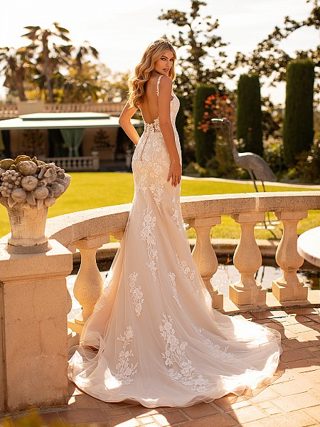 Lace Trumpet Wedding Dress With Low Scoop Back Wedding Dress Moonlight Collection J6796