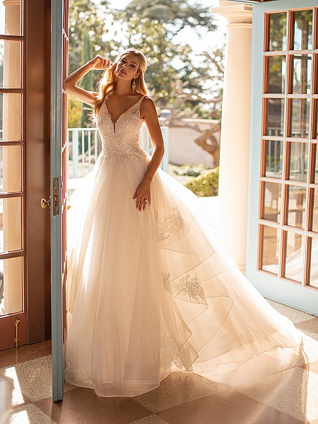 Vine Lace and Tulle Cascade Skirt A-line Wedding Dress Moonlight Collection J6800