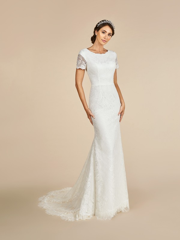 Beautiful lace illusion short sleeve temple ready wedding dress with lined cap sleeve
