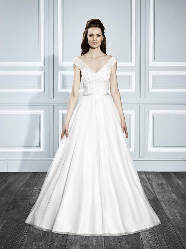 Moonlight Tango T709 Classic open off the shoulder Audrey Hepburn A-line retro wedding dress with pearls
