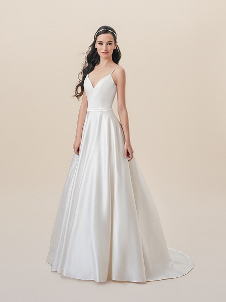 Moonlight Tango T821 sleek satin A-line wedding dress with alluring sweetheart neckline and pockets