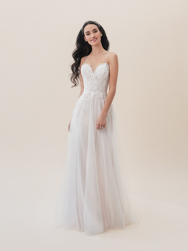 Moonlight Tango T826 romantic flowy floral bohemian informal lace wedding dress with sweetheart neckline