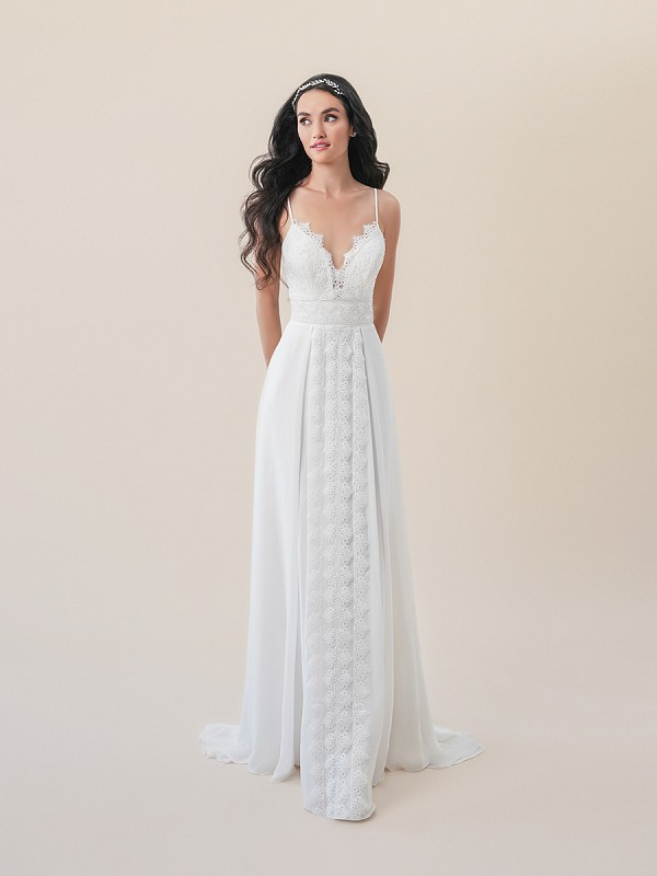 Moonlight Tango T830B bohemian vintage lace A-line wedding dress with chiffon skirt overlay