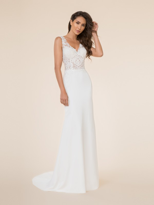 Moonlight Tango T870 unlined V-neck re-embroidered lace applique bodice with crepe back satin mermaid bridal gown