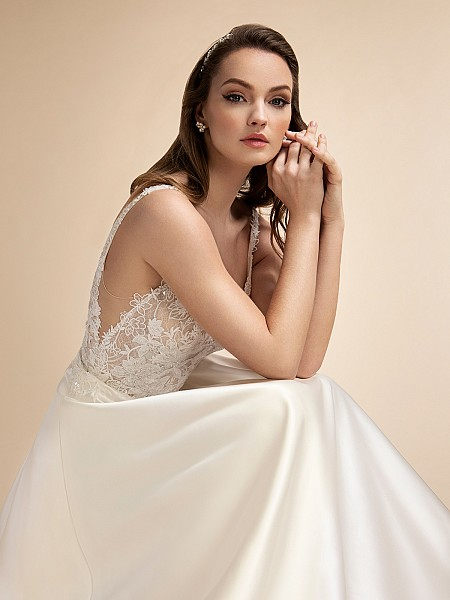V-neck A-line Wedding Dress with Lace Bodice and Straps Moonlight T907