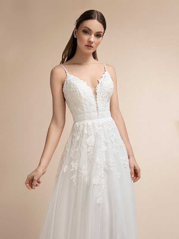 Boho A-line Wedding Dress With Sweetheart Neckline and Straps Moonlight T912