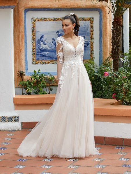 Moonlight Tango T941 comfortable bohemian lace bridal gowns for the casual bride